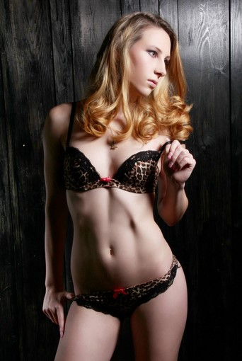 Jennifer Escort in London